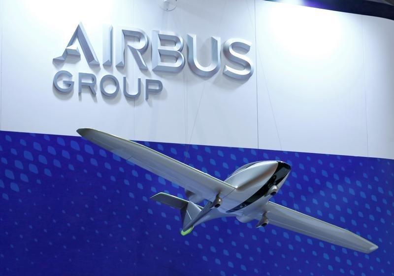 Des bénéfices en baisse et des objectifs de livraisons en hausse — Airbus