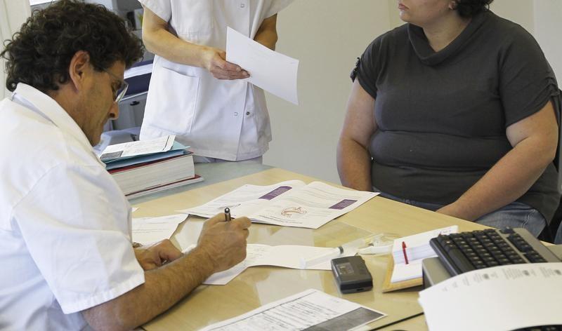 d u00e9penses d u0026 39 assurance maladie en hausse de 3 8  en janvier