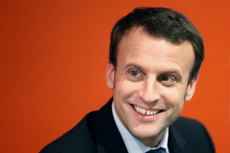François Fillon prend le contrôle des Républicains dans l'optique de 2017