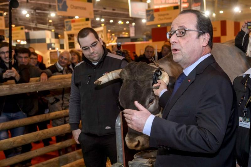 Fran ois hollande chahut au salon de l 39 agriculture for Francois hollande salon de l agriculture