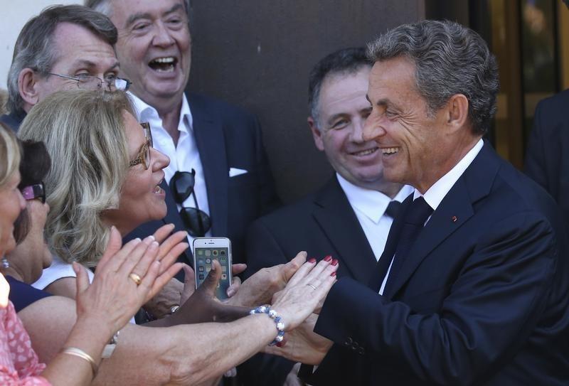 Ses attaques contre François Hollande et Alain Juppé sur TF1 — Nicolas Sarkozy