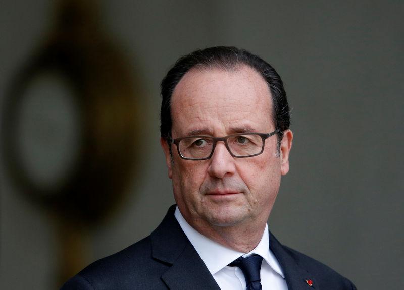 La proposition LR rejetée à l'Assemblée — Destitution de Hollande