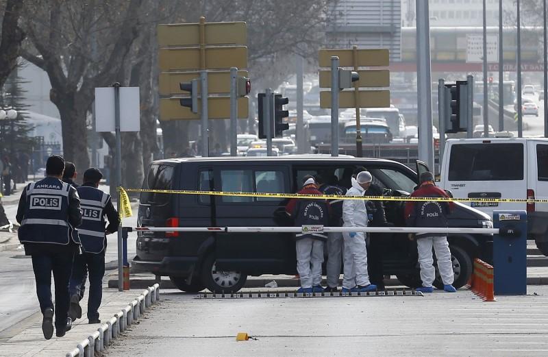 9 personnes arrêtées — Attentat à Ankara