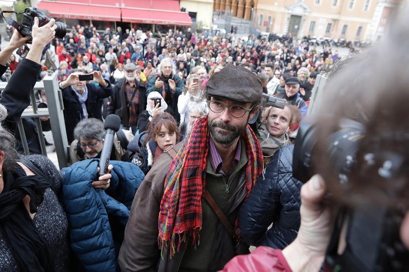 Cédric Herrou à nouveau interpellé — Aide aux migrants