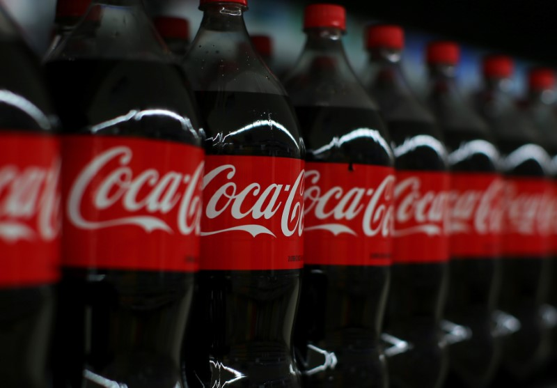 le chiffre d 39 affaires de coca cola baisse pour un 7e trimestre cons cutif. Black Bedroom Furniture Sets. Home Design Ideas