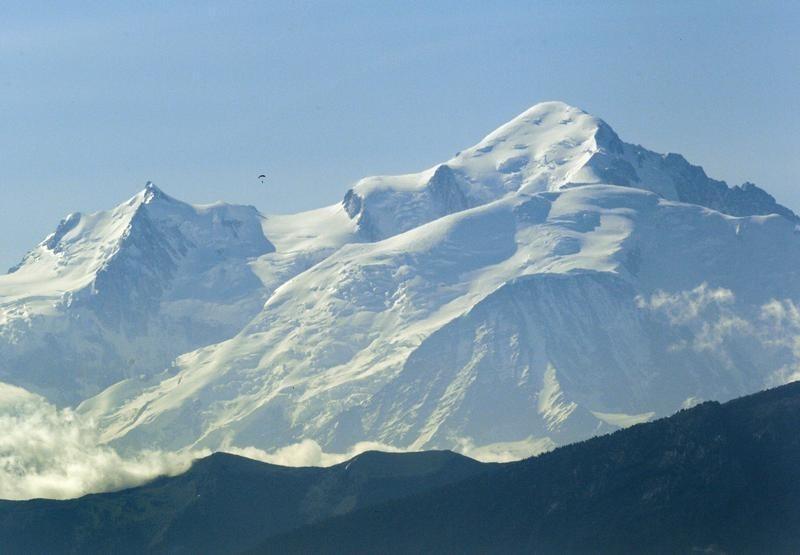 110 personnes bloquées dans des télécabines du Mont Blanc — Haute-Savoie