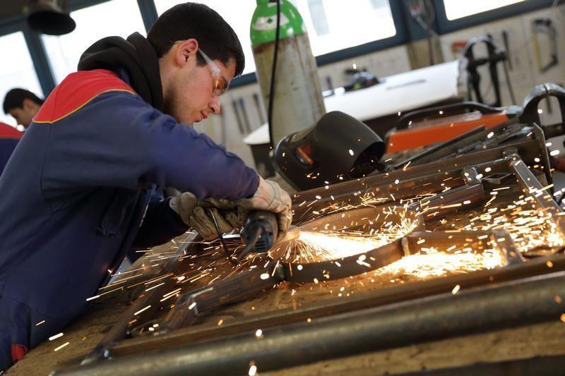 La croissance du secteur manufacturier a accéléré en mars — France