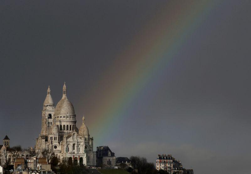 Tourisme : les visiteurs sont revenus en France fin 2016