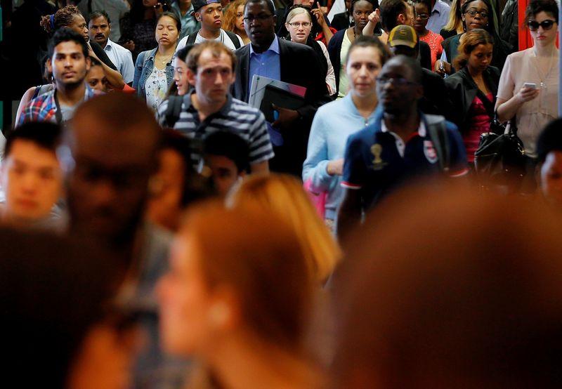 Légère baisse enregistrée au 4e trimestre 2015 — Chômage