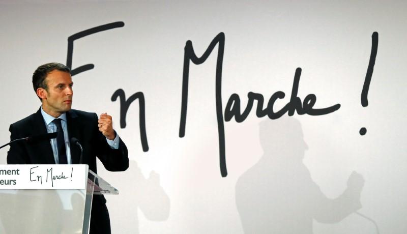 S'il est candidat Macron l'annoncera d'ici le 10 décembre