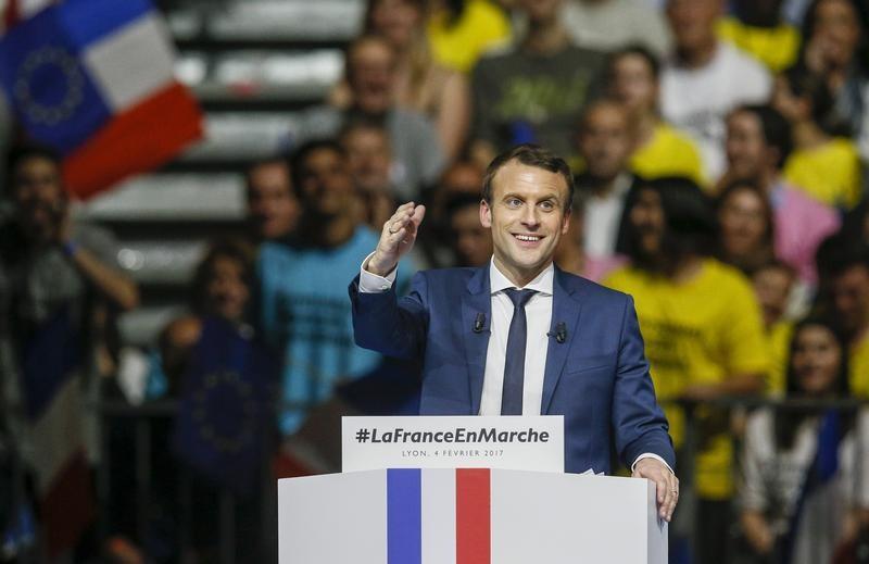 Meeting de Macron : Geneviève de Fontenay, une marcheuse inattendue