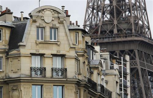Immobilier 7 arrondissements parisiens encore au dessus des euros le - Prix du metre carre paris ...
