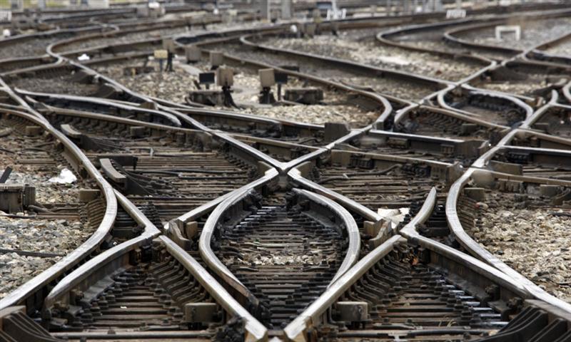 Ferroviaire : des sénateurs préconisent de geler les lignes à grande vitesse pendant 15 ans