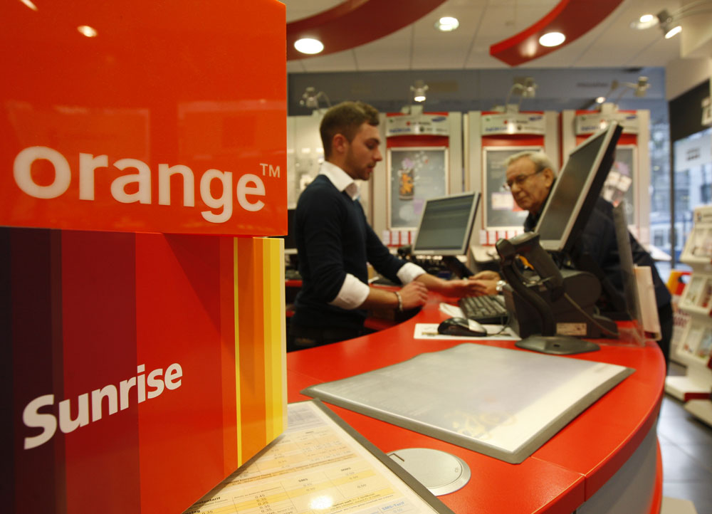 Orange prend le contr le de groupama banque - Boutique orange beauvais ...