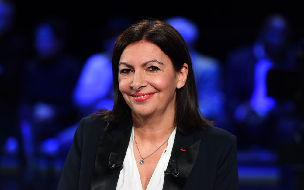 anne hidalgo veut en finir avec les v hicules diesel paris d 39 ici 2020. Black Bedroom Furniture Sets. Home Design Ideas
